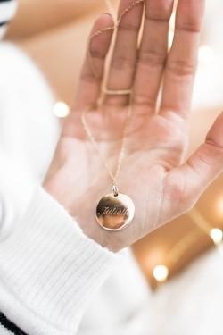 Médaille plaqué or sur chaine à graver recto/verso