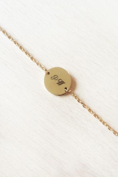 Bracelet médaille plaqué or gravure recto/verso