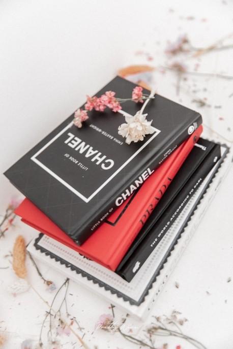 Livre Little Book of Chanel