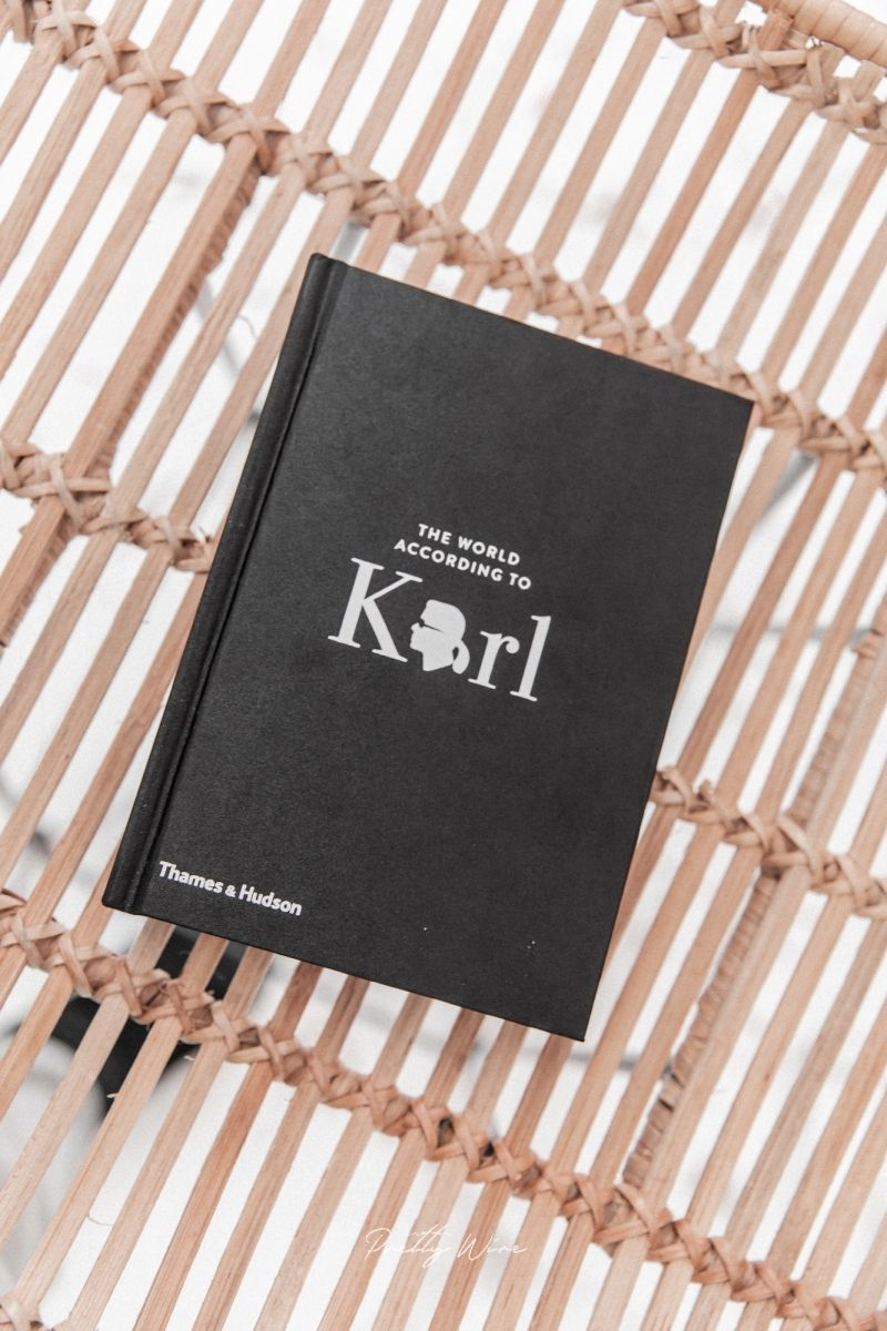 Livre The World According to Karl