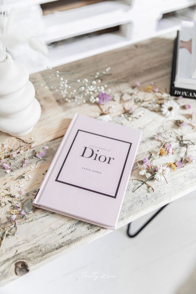 Livre Little Book of Dior