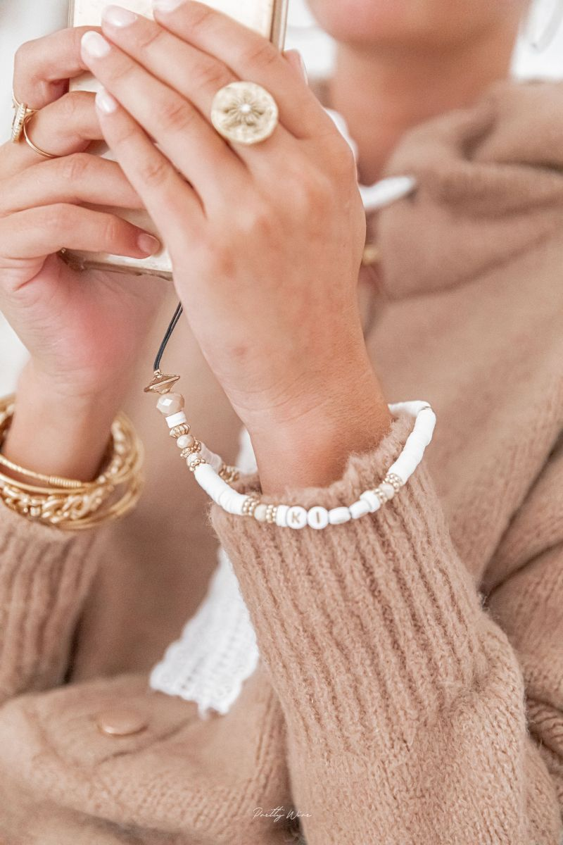SMILE KISS Blanc - PETIT pendentif de téléphone