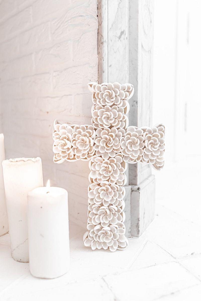 SHELL Moyenne - Croix en coquillages 32x22cm
