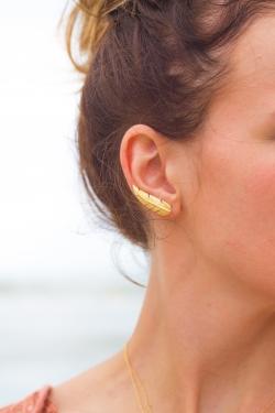 Bijou d'oreille plume plaqué or