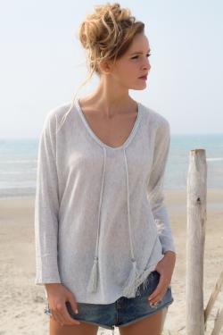 Pull pompons loose gris